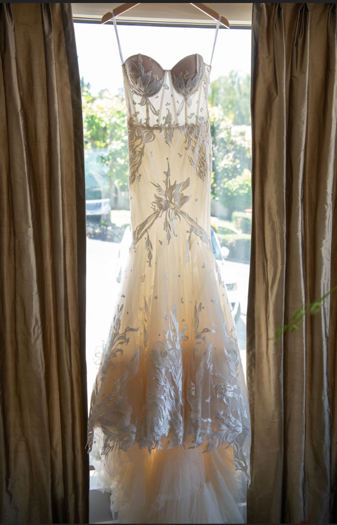 Idan Cohen 'Mercedes' size 0 used wedding dress front view on hanger