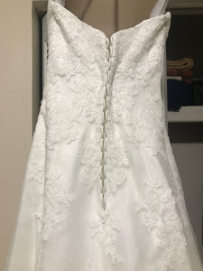 Alfred Angelo '2438' size 4 used wedding dress back view on hanger