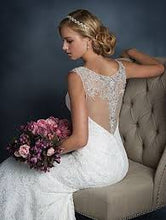 Load image into Gallery viewer, Alfred Angelo '2524' size 6 new wedding dress back view on model