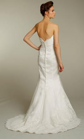 Alvina Valenta 'AV9153' - Alvina Valenta - Nearly Newlywed Bridal Boutique - 1