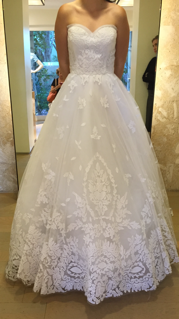 Oscar de la Renta 'Lace Dress' - Oscar de la Renta - Nearly Newlywed Bridal Boutique - 2