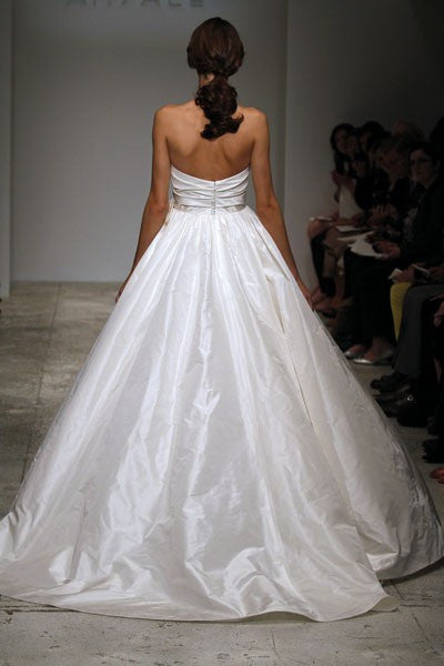 Amsale Melina Sweetheart Ball Gown Wedding Dress - Amsale - Nearly Newlywed Bridal Boutique - 2