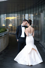Load image into Gallery viewer, Anne Barge 'Vendome' - Anne Barge - Nearly Newlywed Bridal Boutique - 3