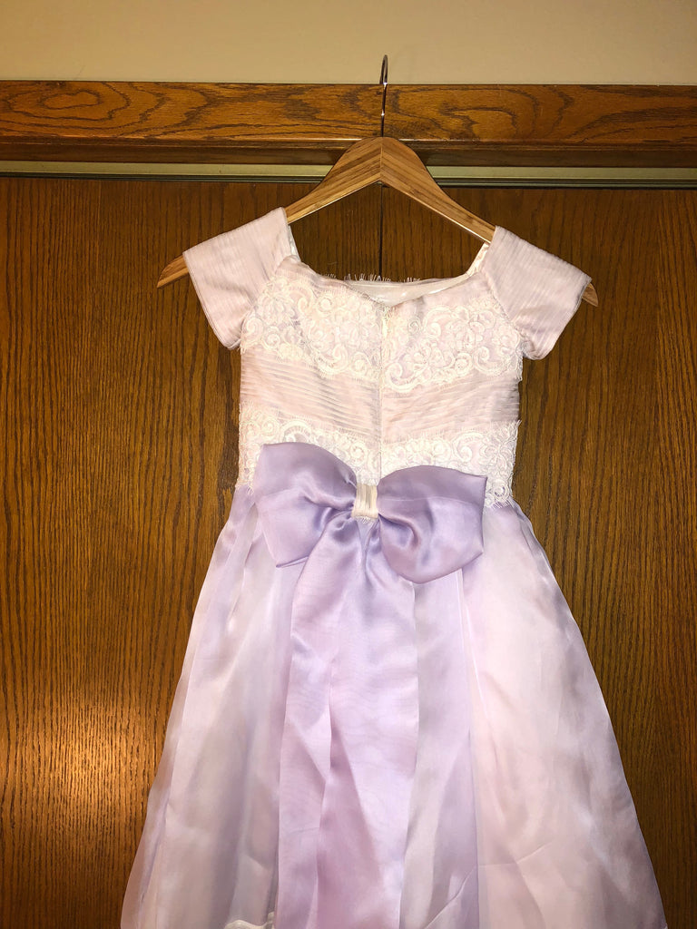 Exuisite Brides 'Lavender and Ivory Intricately Pleated Long Flower Girl Dress' size 8 child's flower girl dress back view close up