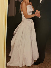 Load image into Gallery viewer, Marisa '22472' size 6 used wedding dress side view on bride
