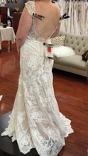 Load image into Gallery viewer, Madison James 'MJ365' wedding dress size-12 PREOWNED