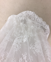 Load image into Gallery viewer, Lea Ann Belter 'Luna' size 14 new wedding dress close up of fabric