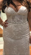 Load image into Gallery viewer, Limor Rosen 'Holly' size 8 used wedding dress front view close up