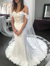 Load image into Gallery viewer, St. Patrick 'Zali' size 2 new wedding dress front view on bride