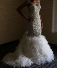 Load image into Gallery viewer, Stephen Yearick '57yNY1428' size 10 used wedding dress front view on bride