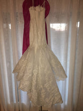 Load image into Gallery viewer, Enzoani 'Dakota' size 8 new wedding dress back view on hanger