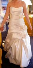 Load image into Gallery viewer, Winnie Couture Mina 9134 Wedding Dress - Winnie Couture - Nearly Newlywed Bridal Boutique - 1