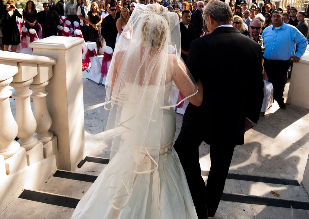 Carolina Herrera '32720' - Carolina Herrera - Nearly Newlywed Bridal Boutique - 3