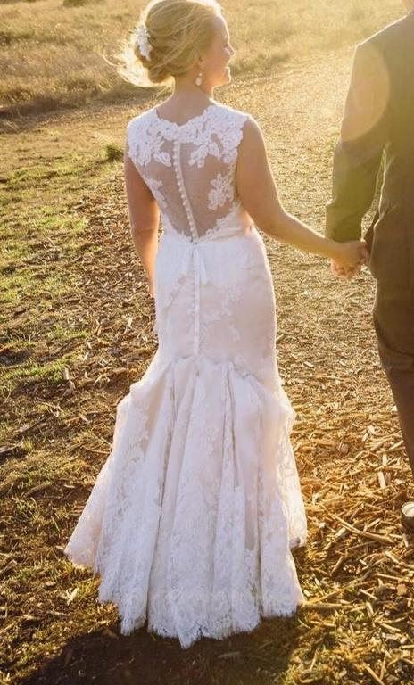 Anne Barge 'Victoire' size 6 new wedding dress back view on bride
