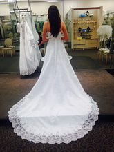 Load image into Gallery viewer, David's Bridal 'V8377' size 4 used wedding dress back view on bride