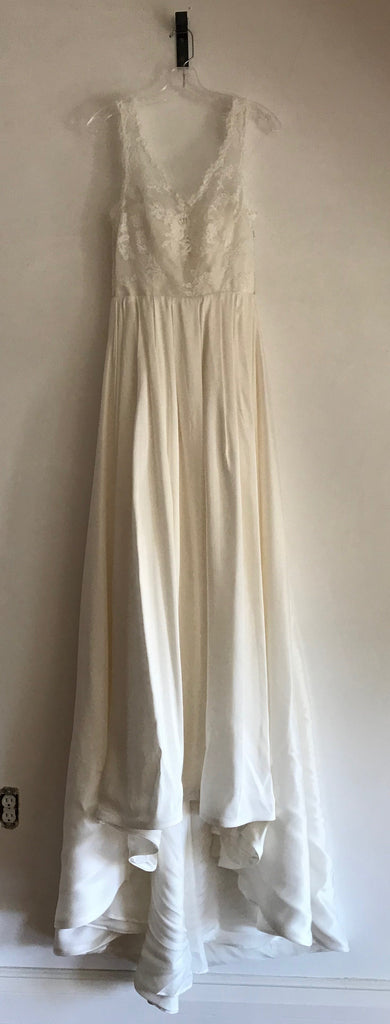 Olia Zavozina 'Jenny' size 4 used wedding dress front view on hanger