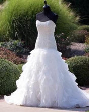 Load image into Gallery viewer, Cupid Couture '124' size 8 used wedding dress front view on mannequin
