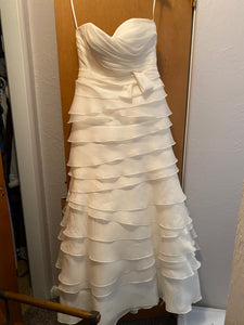 Judd Waddell 'Unsure- I don't remember ' wedding dress size-08 PREOWNED