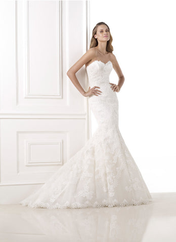 Pronovias 'Bella'