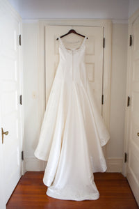 Dennis Basso '14032' size 8 used wedding dress back view on hanger