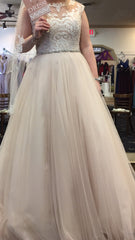 Maggie Sottero 'Carrie ' wedding dress size-10 NEW
