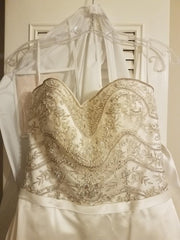Casablanca 'B093' size 6 sample wedding dress front view close up on hanger