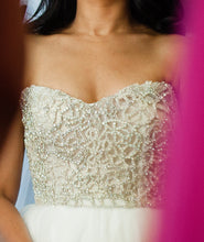 Load image into Gallery viewer, Hayley Paige 'Josie' - Hayley Paige - Nearly Newlywed Bridal Boutique - 2