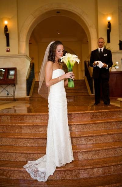 Monique Lhuillier 'Gemma' - Monique Lhuillier - Nearly Newlywed Bridal Boutique - 1