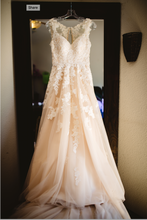 Load image into Gallery viewer, StellaYork 'Lace Illusion Back' size 6 used wedding dress front view on hanger