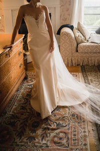 Romona Keveza 'L8129' size 4 used wedding dress front view on bride