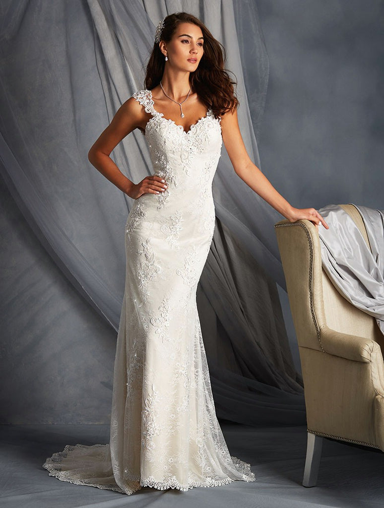 Alfred Angelo '2547' size 14 used wedding dress front view on model