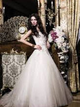 Load image into Gallery viewer, Pronovias 'Obdulia' - Pronovias - Nearly Newlywed Bridal Boutique - 5
