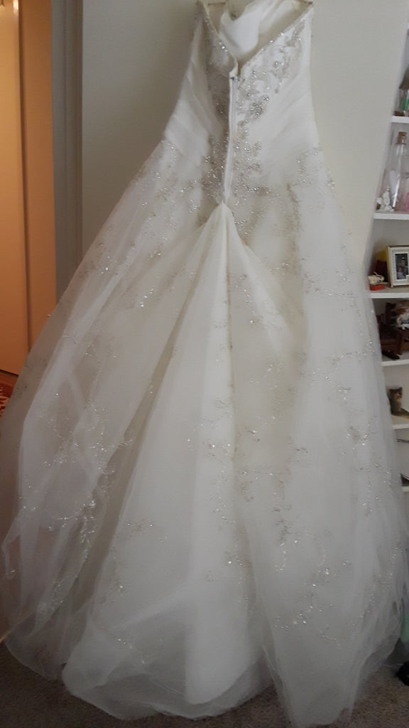 Casablanca '2098' size 12 used wedding dress back view on hanger