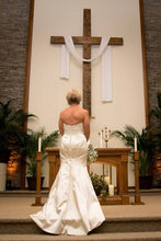 Load image into Gallery viewer, Matthew Christopher 'Vivian' size 10 used wedding dress back view on bride