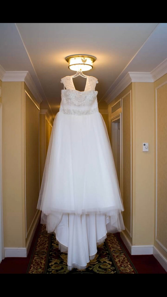 Casablanca '2052' size 22 used wedding dress front view on hanger