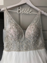 Load image into Gallery viewer, Stella York ' Beaded Ballgown' size 4 used wedding dress front view on hanger