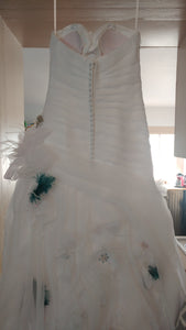 Casablanca '2105' size 6 used wedding dress back view on hanger