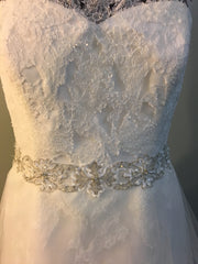 La Sposa 'Mecenas' size 10 used wedding dress front view close up on mannequin