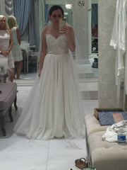Watters 'A Line' size 6 new wedding dress front view on bride