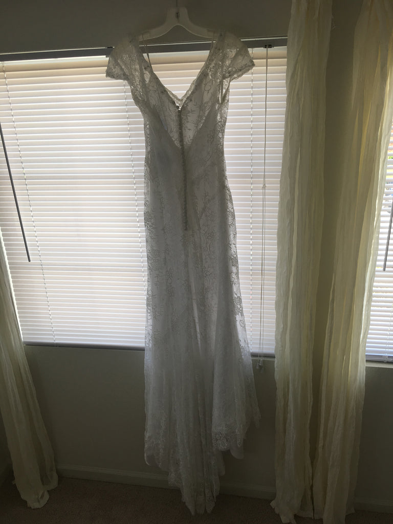 Alfred Angelo '8501' size 4 new wedding dress back view on hanger
