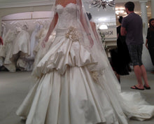 Load image into Gallery viewer, Pnina Tonai '4228' size 2 new wedding dress front view on bride