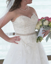 Load image into Gallery viewer, Sincerity 'Lacy' size 8 used wedding dress front view on bride