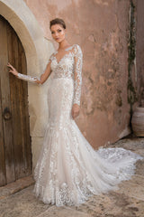 Justin Alexander 'Allover Lace Illusion' size 14 new wedding dress front view on model