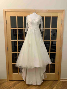 David's Bridal 'WG3877' wedding dress size-04 PREOWNED