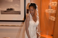 Load image into Gallery viewer, David's Bridal 'WG3874' size 8 used wedding dress front view on bride