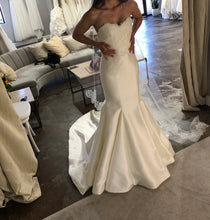 Load image into Gallery viewer, Sareh Nouri 'Paulina' size 2 used wedding dress front view on bride