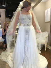Load image into Gallery viewer, Olia Zavozina 'Fawnie' size 12 new wedding dress front view on bride