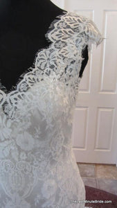 Allure Bridals 'Last Minute Bride' size 2 used wedding dress close up of lace on mannequin