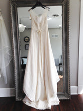 Load image into Gallery viewer, Amy Kuschel 'Darling' - amy kuschel - Nearly Newlywed Bridal Boutique - 4