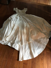 Load image into Gallery viewer, Custom 'Stunning' size 6 used wedding dress front view flat